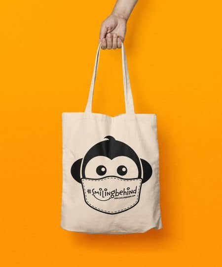 #SMILINGBEHIND Tote Bag – Einkaufstasche mit breiten Henkeln aus Bio-Baumwolle 3