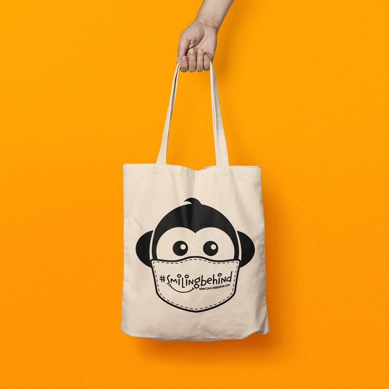 #SMILINGBEHIND Tote Bag – Einkaufstasche mit breiten Henkeln aus Bio-Baumwolle 2